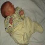 бебе първи месец
