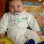 бебе пети месец
