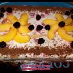 разкошна лека плодова торта